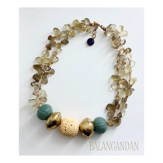 Collar_Burma_foto